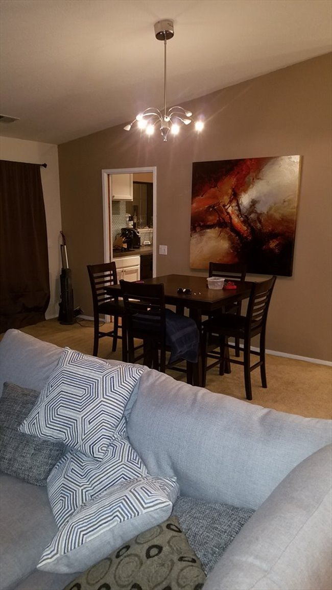 Room For Rent In Edison Ave , Arden, Sacramento Area   Large Room For Rent
