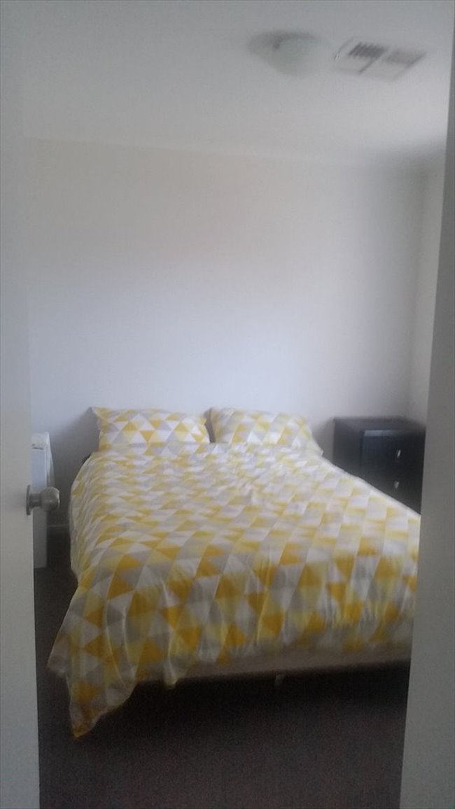 Room to rent in Rolleston Avenue, Salisbury North - room to rent - Image 3