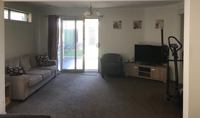 Room to rent in Turner Road, Elizabeth Park - Housemate Wanted! - Image 6
