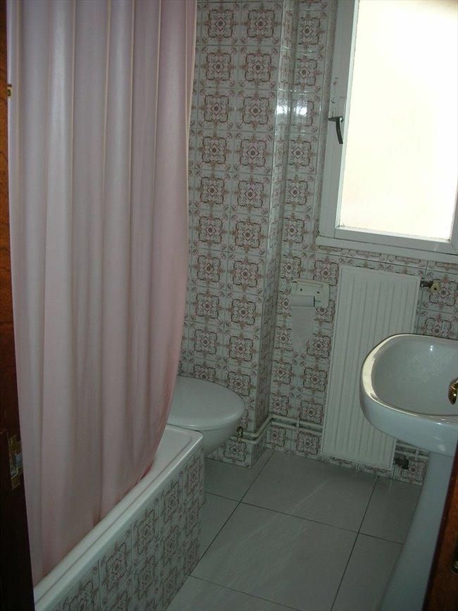 Piso Compartido en Fernando de los Ríos, Otras Áreas - Santander, compartir piso, estudiantes | EasyPiso - Image 5