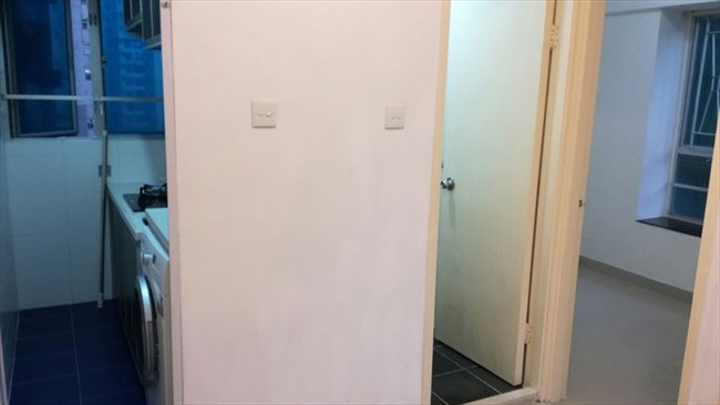 Room for rent in 第一街, 西營盤 - lower than market price $13000 2 room  - Image 1