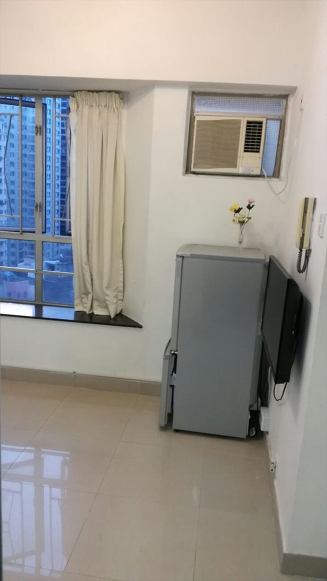 Room for rent in 第一街, 西營盤 - lower than market price $13000 2 room  - Image 3