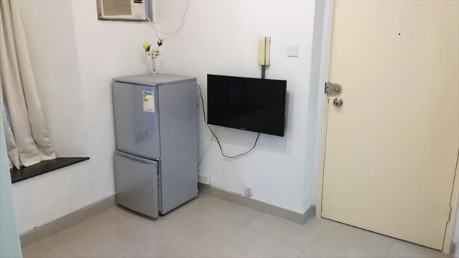 Room for rent in 第一街, 西營盤 - lower than market price $13000 2 room  - Image 5