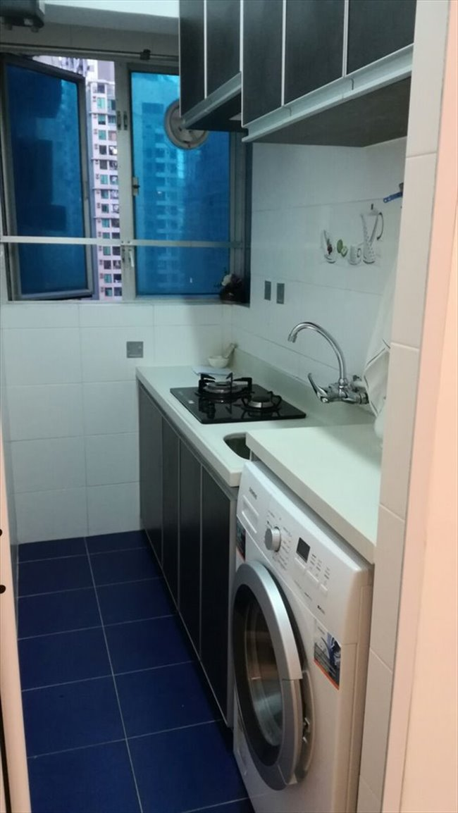 Room for rent in 第一街, 西營盤 - lower than market price $13000 2 room  - Image 8