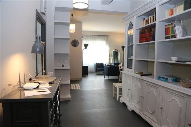 Stanze e Posti Letto in Affitto - Piazza M. Sanmicheli, Roma - Elegante,grande e luminosa stanza con bagno privato | EasyStanza - Image 4