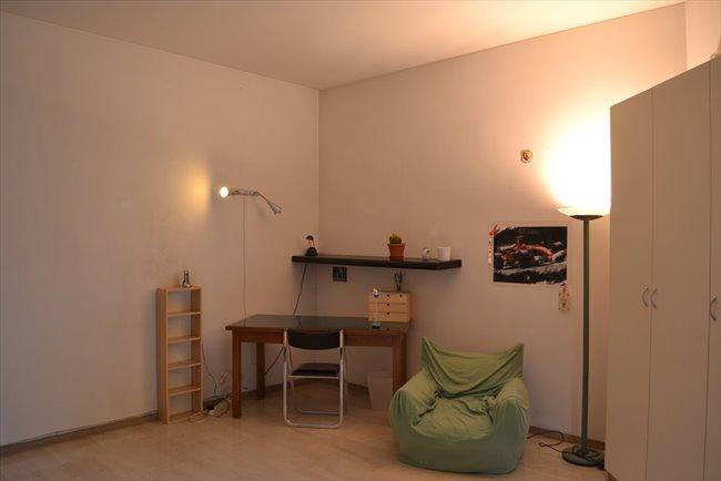 Stanze e Posti Letto in Affitto - Via Cesare Beruto, Milano - piacevole stanza e coinquilini piacevoli   EasyStanza - Image 5