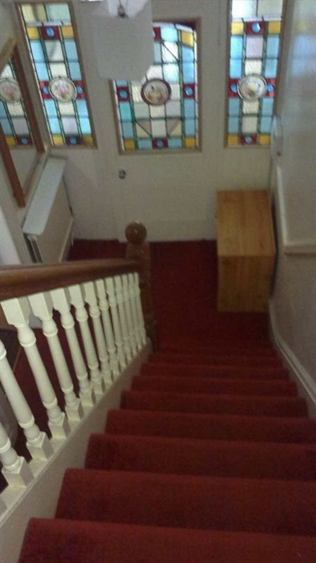 Room to rent in Dovedale Road, Liverpool - Spacious, All inclusive double room in great location, L18 - Image 4