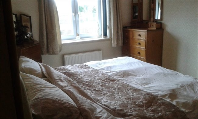 Room to rent in Ferry Road Drive, Edinburgh - crewe toll flat - Image 6