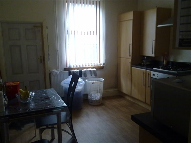 Room to rent in Marley Road, Manchester - Single Room to Rent - Levenshulme - Image 1