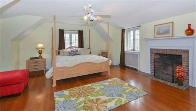 Room for rent in Penllyn Pike, Ambler - Room in estate home  - Image 1