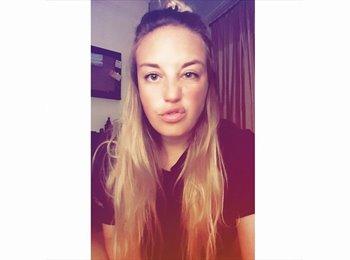 EasyRoommate UK - Heather - 23 - Plymouth
