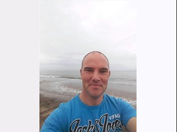 EasyRoommate UK - Nick - 44 - Exmouth
