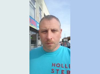 EasyRoommate UK - Peter - 40 - Weston-super-Mare