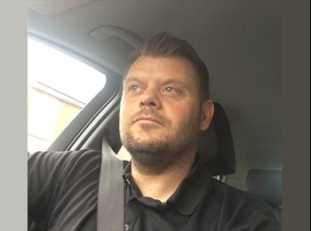 EasyRoommate UK - Brian - 39 - Dunstable