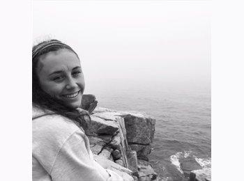 EasyRoommate US - Samantha - 21 - Boston