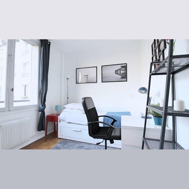 colocation rue duret paris chambre meubl e avec point d 39 eau appartager. Black Bedroom Furniture Sets. Home Design Ideas